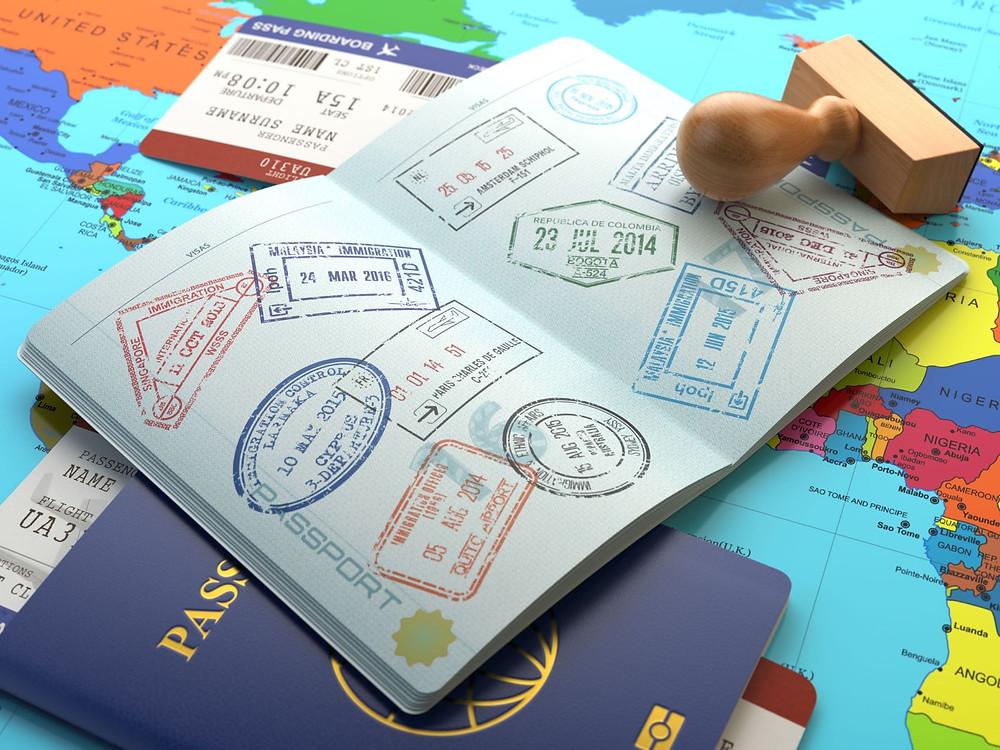paszport ze stemplami