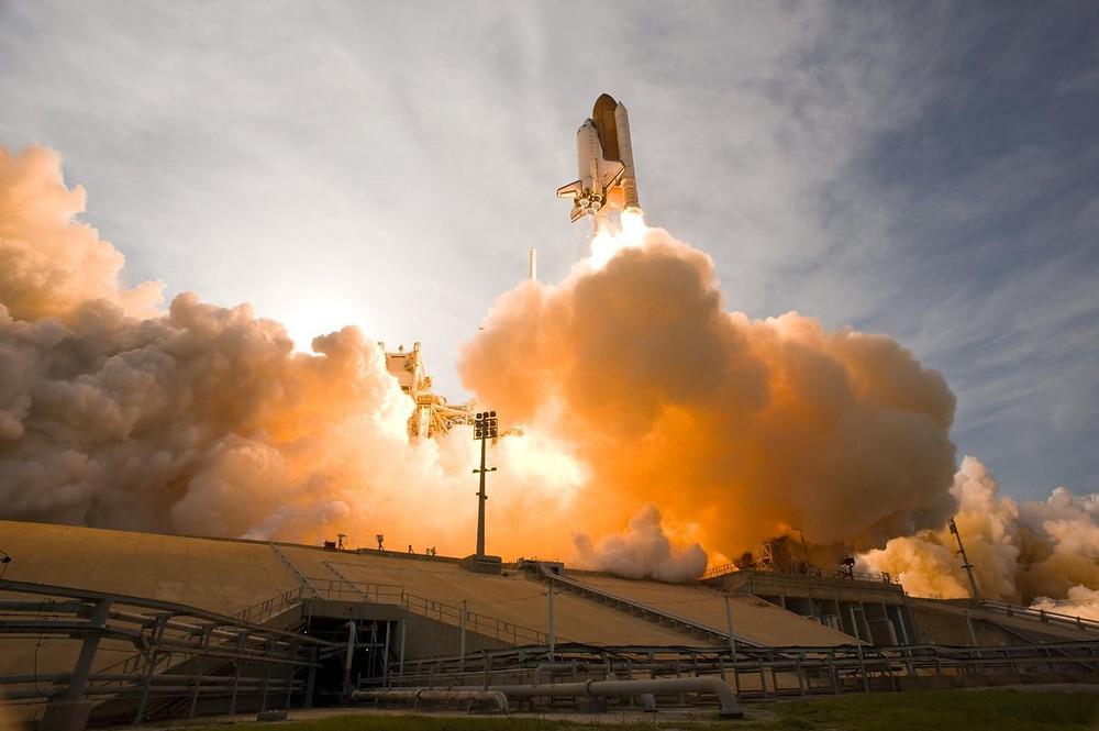rakieta w kennedy space center orlando floryda