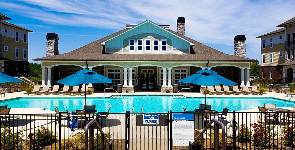 dom z basenem basen klub osiedle usa ameryka stany zjednoczone mieszkanie stany