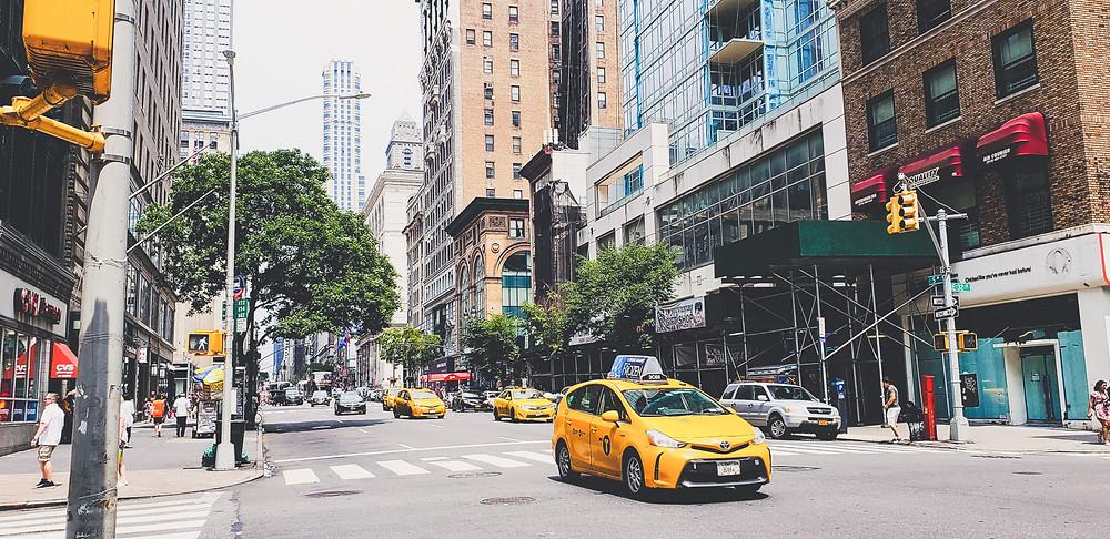 yellow cab taksówka w nowym jorku