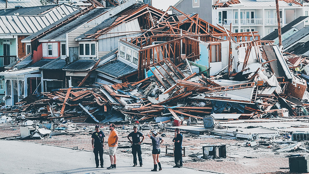 zniszczone domy po huraganie Michael
