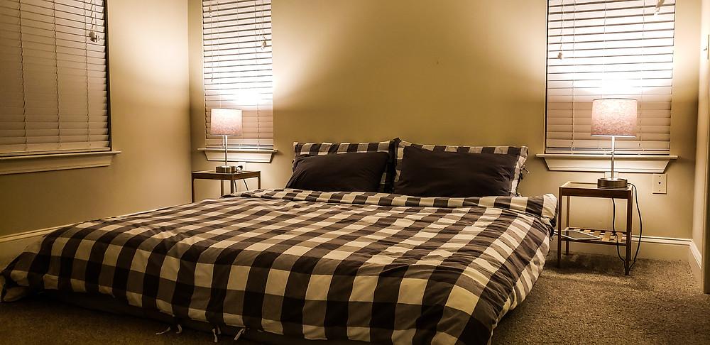 sypialnia dom mieszkanie w usa ameryka stany zjednoczone wynajem apartamentu