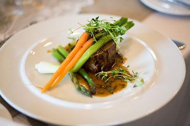 Kød_sauce_og_asparges.jpg