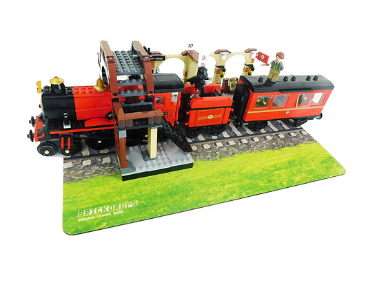 Brickdrops Train Track with Grass Play Mat