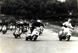 Argilli-1969 Motogiro- Partenza gara in circuito.jpg