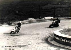 Argilli-1968 Motogiro- Piega gara in salita.jpg