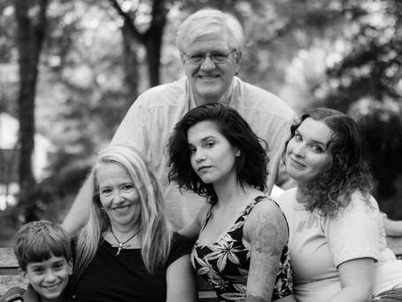 How to Plan an AWESOME Milestone Family Photography Session