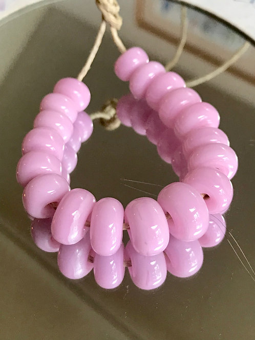 2 Pink spacer beads