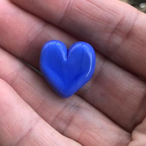 Periwinkle heart, horizontal hole
