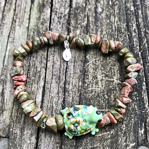 Unakite  and turtle lampwork bead bracelet