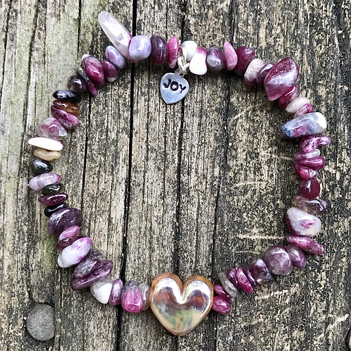 Silver heart strung with pink tourmaline