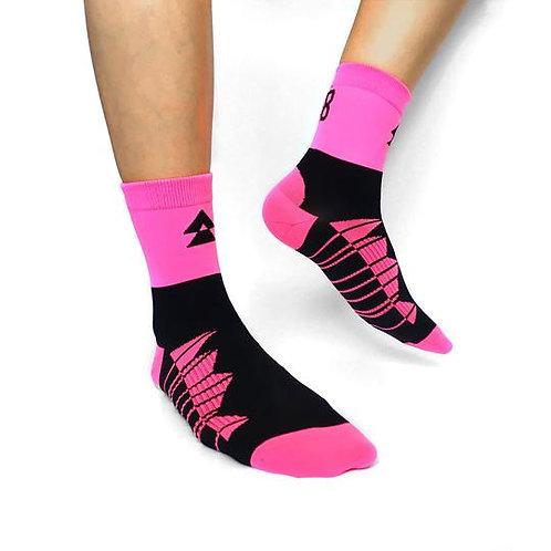 T8 Run Socks Hot Pink 1/4 Length