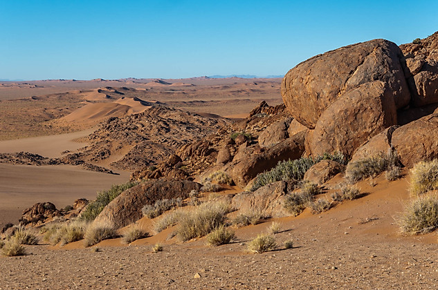 Boulders and dunes