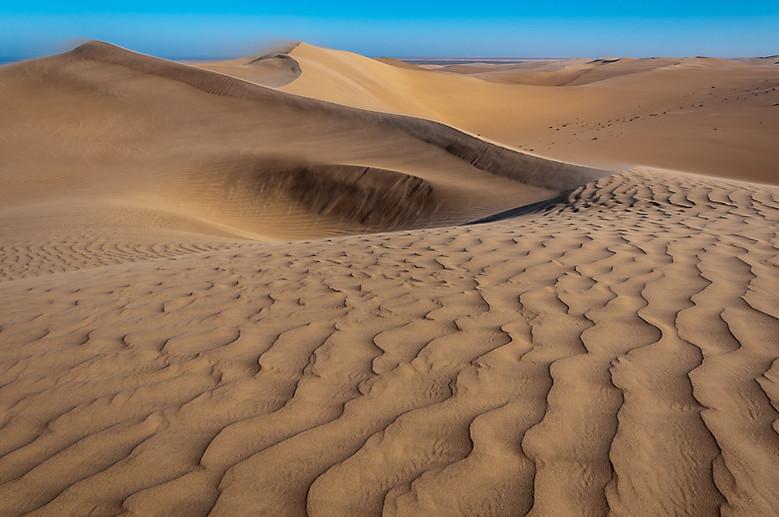 Sand-ripples