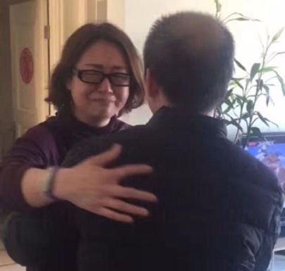 """Advogado Cristão """"Traumatizado"""" após Ter sido Preso na China"""