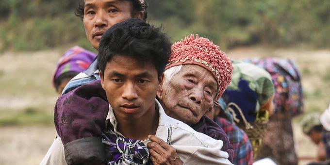 Três cristãos são forçados a se converter ao budismo na Birmânia