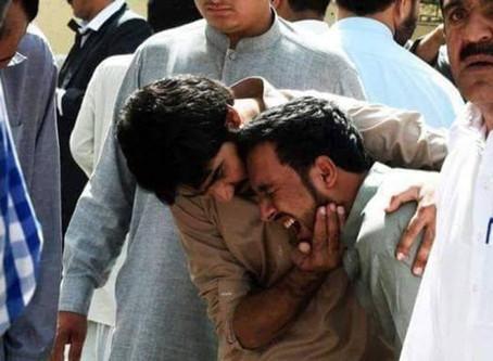 Ataque Suicida Mata 8 Cristãos numa Igreja no Paquistão