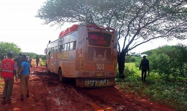 Terroristas separam passageiros de autocarro por religião e executam os cristãos, no Quénia