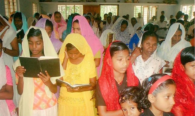 Cristãos Forçados a Pagarem Multa por irem à Igreja na Índia