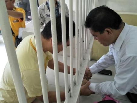 Abraham Ben Moses libertado da prisão na Indonésia