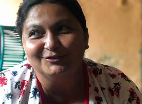 Ex-guerrilheira das FARC que converteu-se ao cristianismo é perseguida pelo grupo