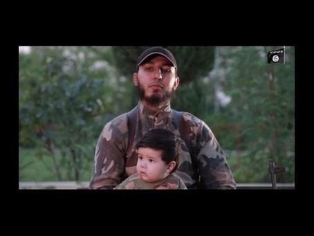 """Vídeo de propaganda revela """"o mais novo soldado"""" do ISIS"""