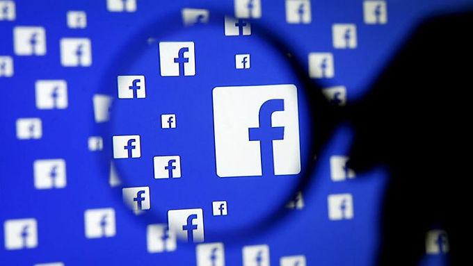 """Paquistão: Jovem foi Preso por """"gostar"""" de um post do Facebook"""