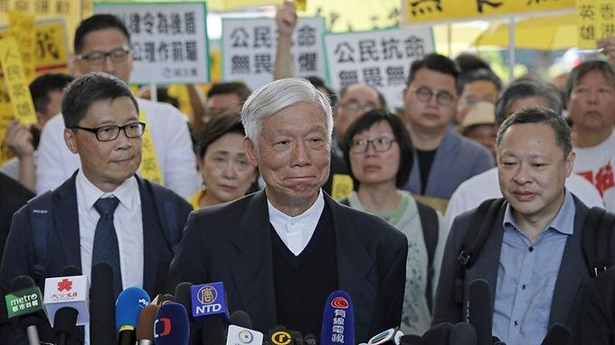 """""""Dos perseguidos é o Reino dos céus"""", diz pastor durante julgamento na China"""