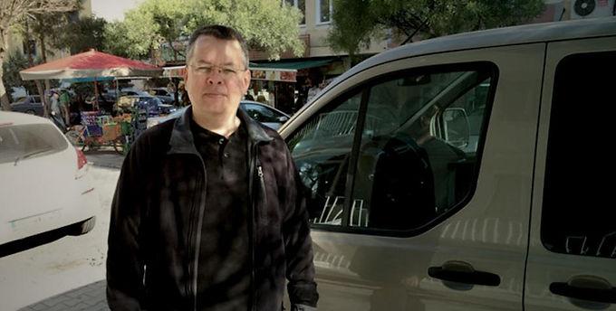 Turquia converteu a prisão do Pr. Andrew Brunson em regime de residência vigiada