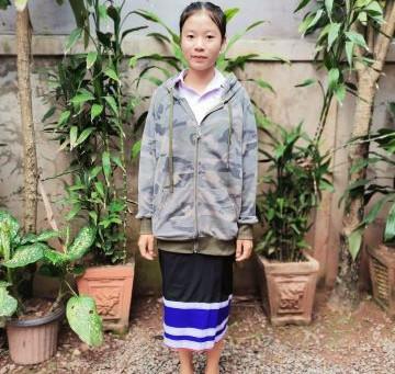 Laos: Mãe e Padrasto expulsam adolescente de casa por ter se tornado cristã
