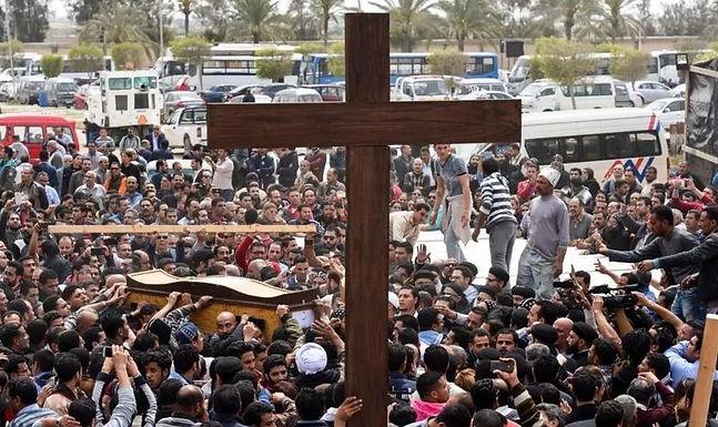 Egipto aprova a legalização de 127 igrejas cristãs