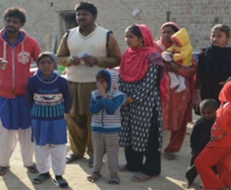 Nove famílias cristãs são libertas de trabalho escravo no Paquistão