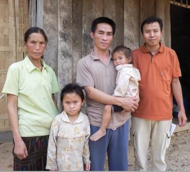 Laos: Cristãos Pressionados a Sacrificar Porcos a Espírito