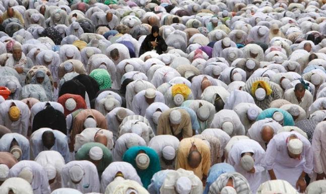 Mais de 600 Muçulmanos se Convertem a Cristo a Cada Hora
