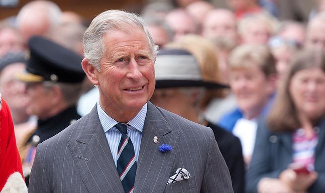 Príncipe Charles é Inspirado pela Fé dos Cristãos Perseguidos