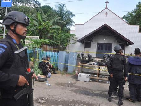 Criança de Dois Anos Morre em Ataque Terrorista Numa Igreja na Idonésia