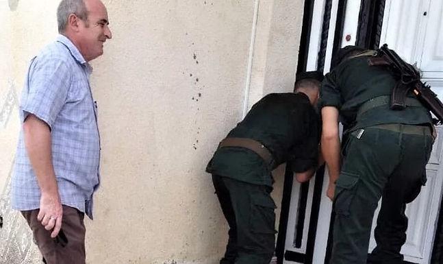 Polícia interrompe culto e fecha igreja evangélica na Argélia