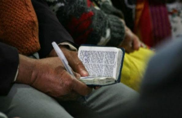 Governo da Argélia fecha Igrejas e proíbe a Distribuição de Folhetos