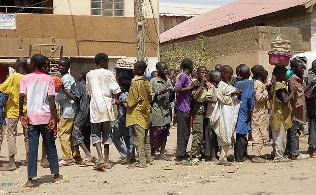 Perseguição em Camarões: Oito Crianças Mortas e Seis Sequestradas