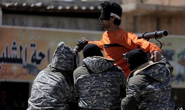 """Outro Cristão Crucificado no Iraque: """"Se você Ama Jesus vai Morrer como Ele"""""""
