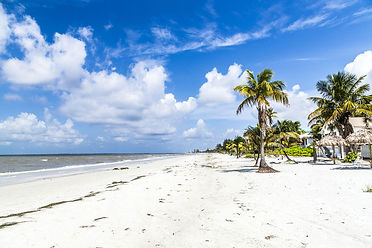 Enjoy-Your-Summer-Vacation-in-Fort-Myers