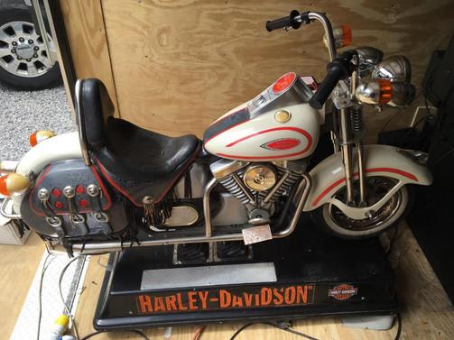 Motorcycle_Harley (1).jpg