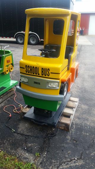 School_bus(2)_1.jpg