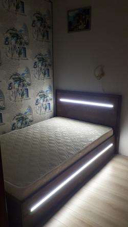 Кровать лофт с подсветкой