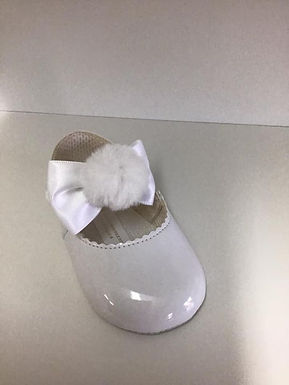 Pom soft sole pram shoe