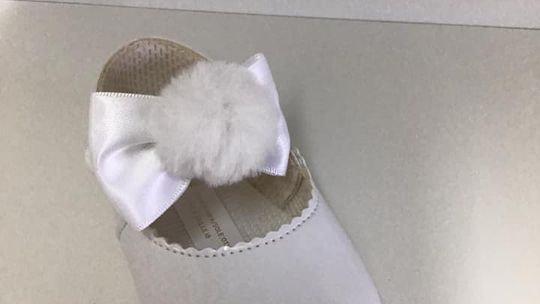 Pom soft sole pram shoe