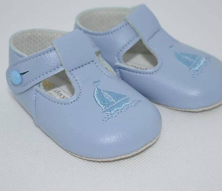 Ship soft sole pram shoe