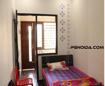 Pocket Friendly PG in Noida