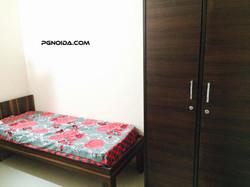 single room in noida sector 59