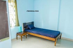 single room in noida sector 62